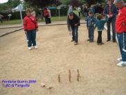 La AC Tanguilla ha llevado los Bolos de Villanueva por todo el mundo. Aquí en un festival celebrado en Fontaine Guérin (Francia)